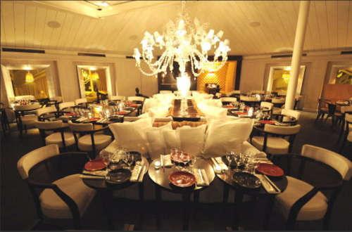 bon un superbe restaurant avec une bonne cuisine tendance. Black Bedroom Furniture Sets. Home Design Ideas