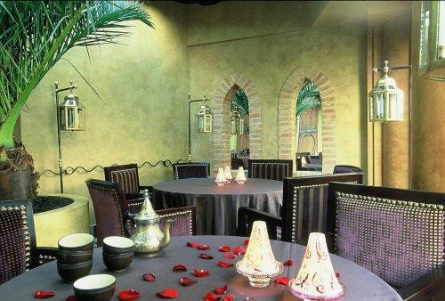 Restaurant la maison de charly avec de bons couscous et tajines - Restaurant charly porte maillot ...