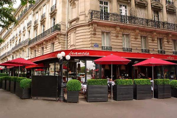 Chez Francis, brasserie chic de l'Alma