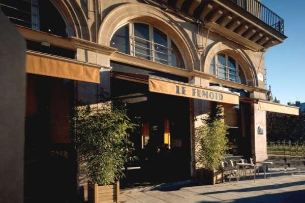 Le Fumoir, restaurant mode au métro Louvre