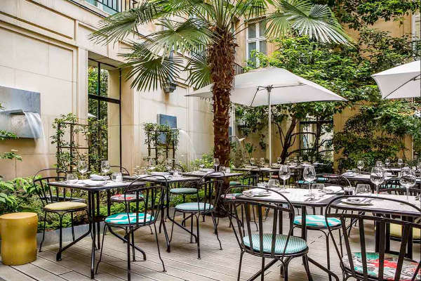 blossom restaurant sofitel faubourg paris patio