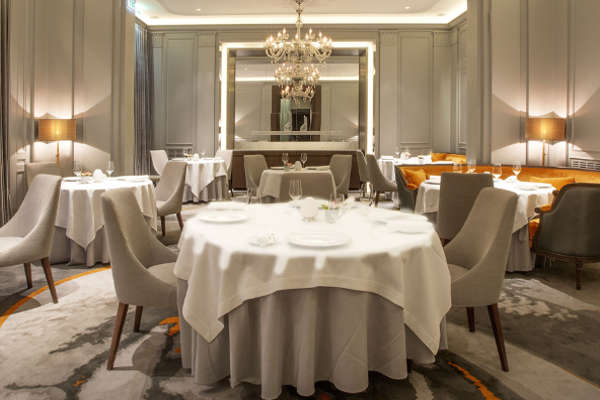 R veillon du nouvel an chic la table du lancaster - La table du lancaster paris ...