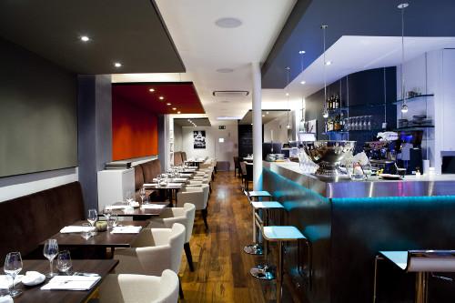 Restaurant Sens  Uniques Métro Lamarck Caulaincourt