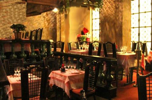 Chez vong un superbe restaurant chinois avec une cuisine - Restaurant chinois portes les valence ...