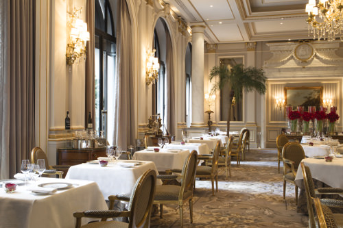cinq restaurant avenue george V paris 1