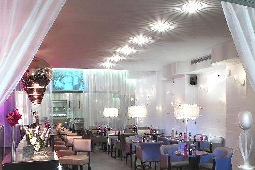 Le Mom, restaurant tendance à Paris Métro Ternes
