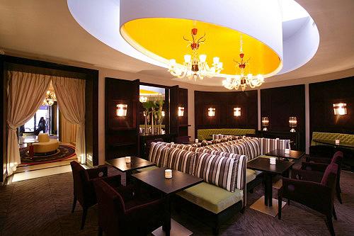 Le 15 cent 15 ce restaurant de l 39 h tel marignan a chang for Les noms des hotels