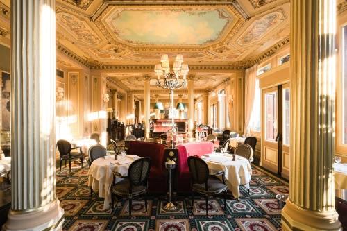 Café de la Paix, restaurant au Mëtro Opéra