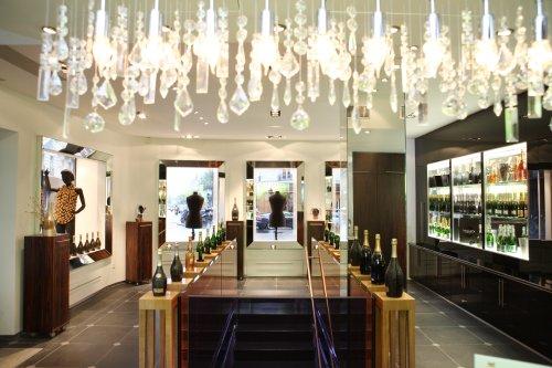 Espace nicolas feuillatte boutique gourmande et p tillante for Vente espaces atypiques paris